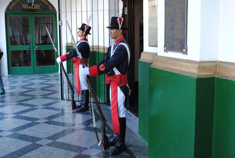 Visitamos el Regimiento de Patricios